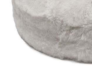 White short wool